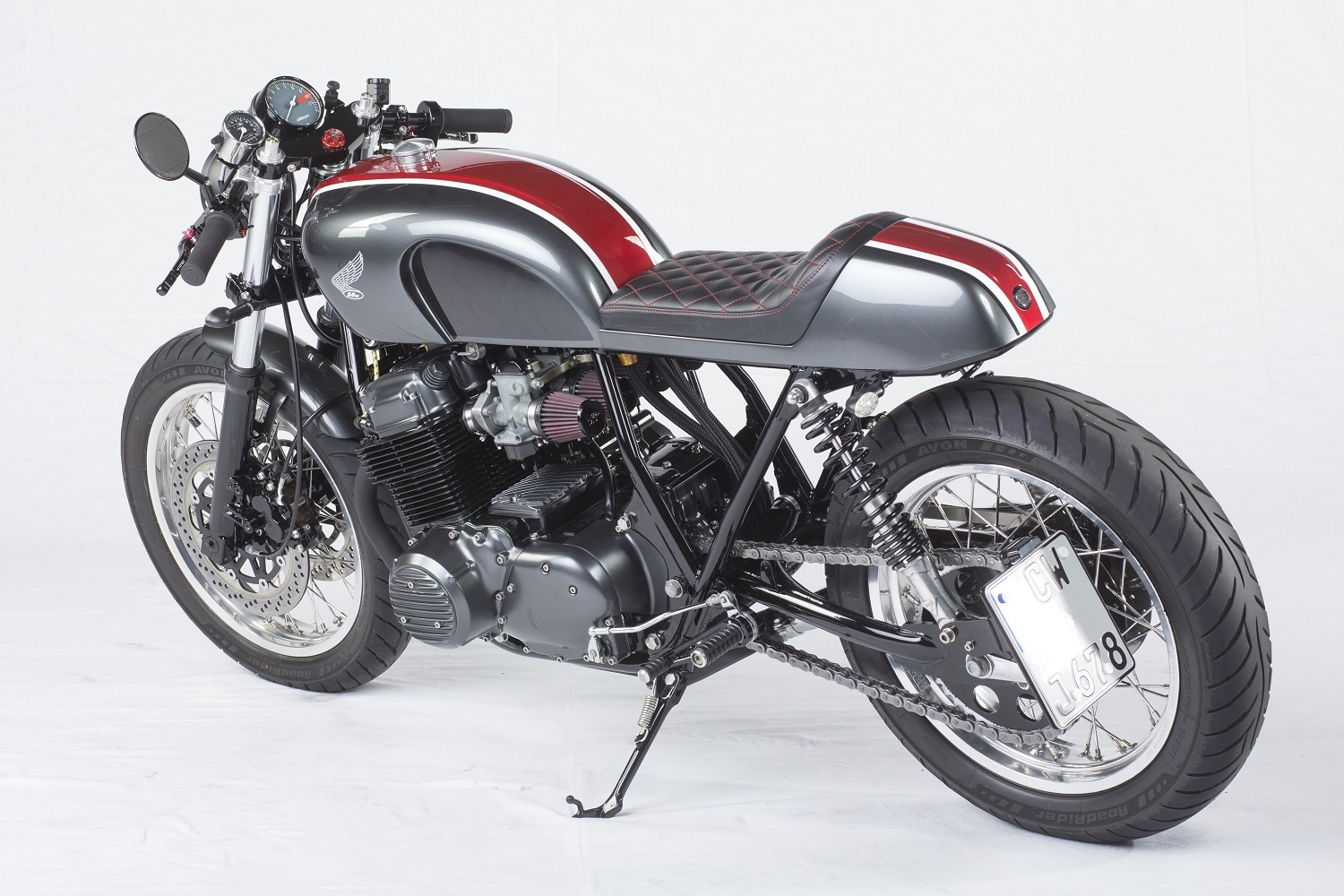 Honda Cb750 Cafe Racer >> This Cb750 Cafe Racer Is One Of The Best You Are Ever Likely To See